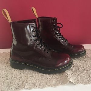 🌹Dr Martens vegan leather boots🌹